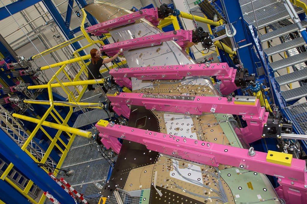 Testing A350-900XWB 1 CoLT Composite Lab & Test